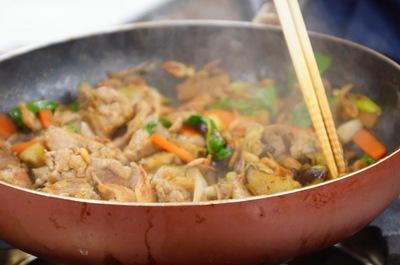 豚肉とバジルの炒めもの.JPG